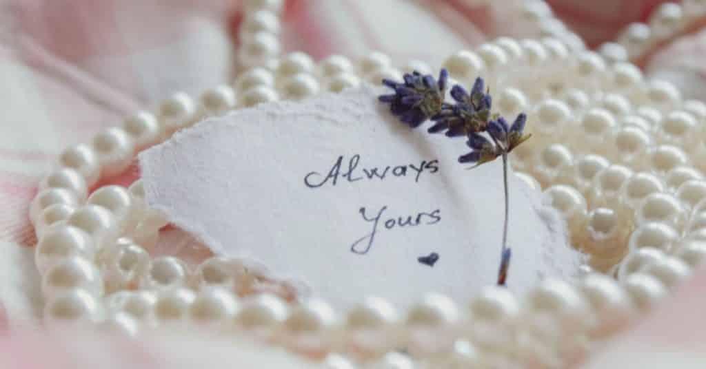 30th wedding anniversary theme pearls